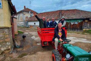 rajacke-pivnice-traktorom